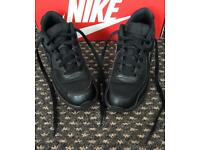 ***FOR SALE ALL BLACK NIKE AIR MAX TRAINERS IN SIZE 1***
