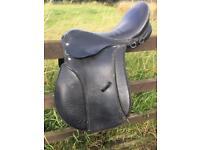 18ins Black Leather Wide Saddle