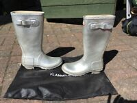 Hunter wellies silver size 5