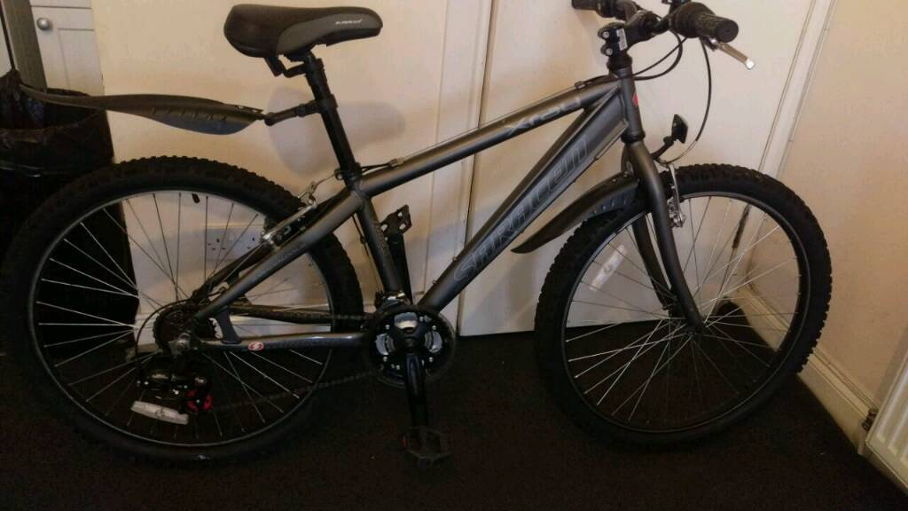 Saracen mountain bike 16 inch framein Partick, GlasgowGumtree - Saracen mountain bike 26inch wheels 16 frame. 18 speed in good condition and working in order fornt and rear mudguards. If you interested in feel free to have a View it first thank you ford