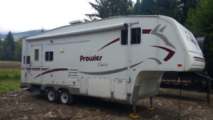 2007 24.5ft Prowler