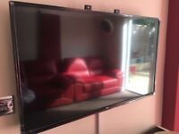 """BUSH 40"""" HD LED TV LIKE NEW WITH HDMI CABLE, WIRLESS KEYBOARD AND MOUSE"""