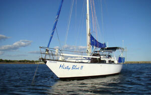 "Roberts 34 ""Misty Blue II"" - Full refit blue water live-aboard"