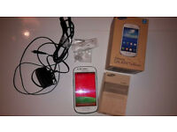 Samsung Galaxy S3 Mini GT-I8200N White, EE network, Box & accessories, perfect condition