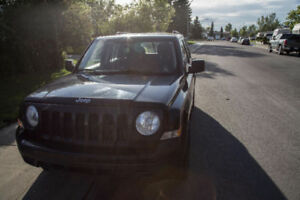 2012 Jeep Patriot (with winter tires) REDUCED PRICE