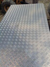 Aluminium checker plates
