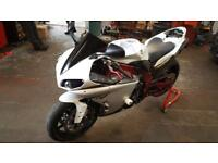 Yamaha r1 with loads of extras