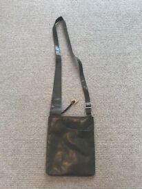 Radley London Pocket Bag Medium Olive Green