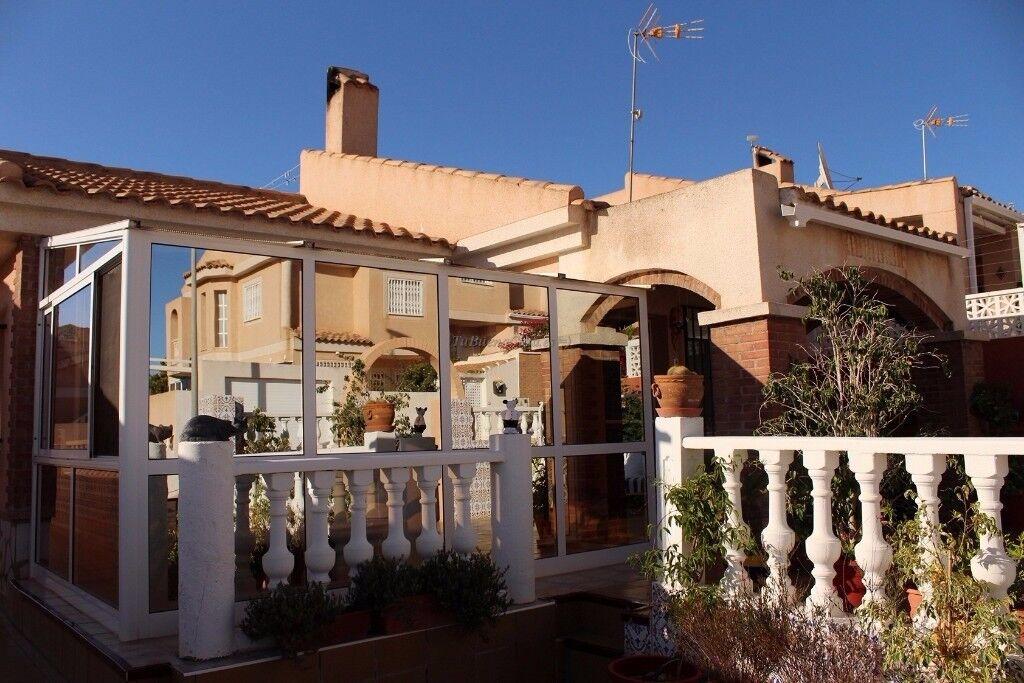 Detached bargain villa by the sea at a Mazarrón Bay (Spain)