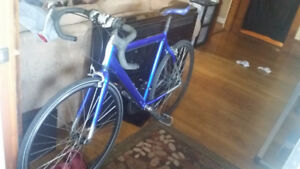 22.5 inch 21 speed Supercycle road Bike (Amherst)