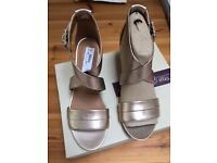 Clarks Size 7 Ladies Gold Low Wedge Sandals BNIB - Current Season (selling for £52 in Clarks)