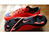 Boys Mercurial football boots size 6