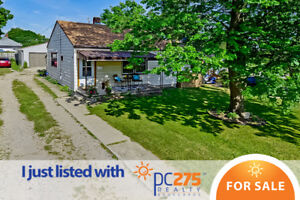 BRAND NEW LISTING CLOSE TO 401 AND ST. JULIAN PARK