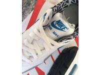 Brand new Nike air max print uk size 6 trainer brand new