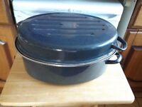 Extra Large enamel oval roasting tin with lid.