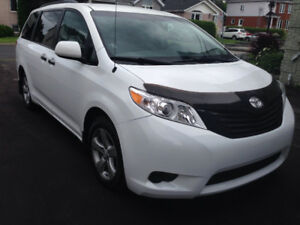 2011 Toyota Sienna LE, MAGS*7 PASSAGERS*