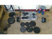 2x multi gym 1x bench 2x long bars 2x short bars aprox.150 kg of weights