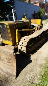 JOHN DEERE 2010 SIXWAY BLADE   FOR PARTS OR AS IS YOU FIX