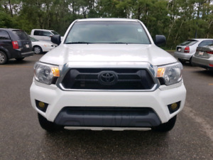 2015 Toyota Tacoma MINT condition, No accidents, ONE OWNER