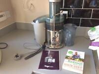 Sage Nutri Juicer with Juice Diet Book
