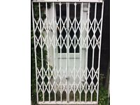 heavy duty security gate, for indoor or out side use.