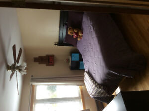 Room for rent - Oct 15/17