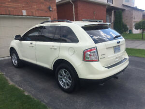 08 Ford Edge AWD, DVD Player, 134km, $7450 Safety Etest