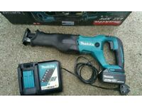 Makita 18v lxt reciprocating saw with battery and charger (dewalt milwaukee hilti bosch ryobi)