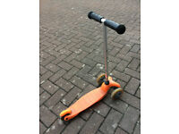 Kids' scooter
