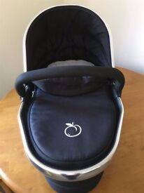 I-Candy Peach 2 lower carrycot - Black.