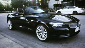 DISCOUNTED - 2012 BMW Z4 sDrive35i Black Hardtop Convertible