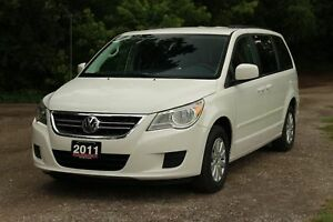 2011 Volkswagen Routan Comfortline | Leather | Heated Seats |...