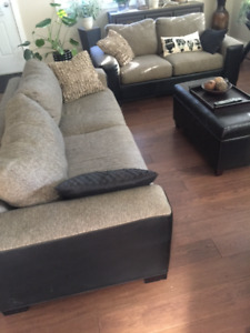 COUCH & LOVESEAT!!