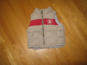 Vest, zippered, new condition, very warm.