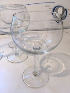 Set of four wine glasses, new in box