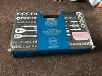 170 piece Halfords advanced socket set life time garented used once very good condition