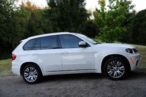 2011 BMW X5 50i M, - Extended warranty withBMW till Jan 2018