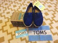 TOMS shoes in Moroccan blue (size 4) BNIB