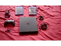 playstation 4 PS4 Slim 500gb HD with 2 games and 1 controller