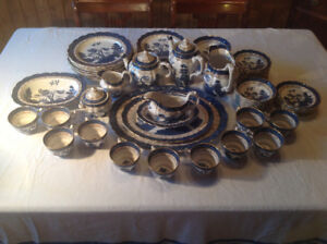 ANTIQUE Real Old Willow Dishes