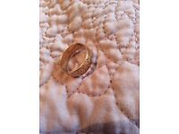 9ct patterned wedding band