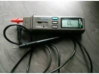 Isotech multimeter not fluke