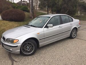 02 BMW 320I w/ Two Sets of Wheels!