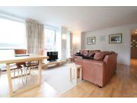 3 bedroom flat in High Holborn, Holborn, WC1V