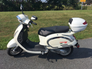 Valentino Scooter