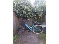 Vintage style bike (needs new front wheel)