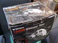 Wickes 1300 circular saw never used