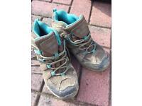 Child Hiking Boots - Regata - Size 13 - Free