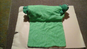 Froggy Tub Pillow