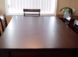 Price reduced, custom dining set with 6 chairs
